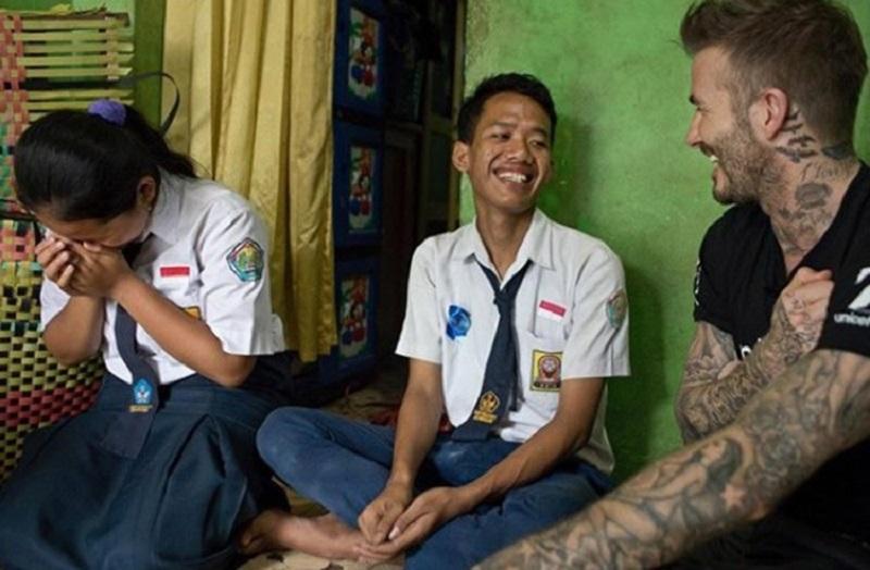 Ricardo Anaya firmó la agenda de la infancia y la adolescencia UNICEF