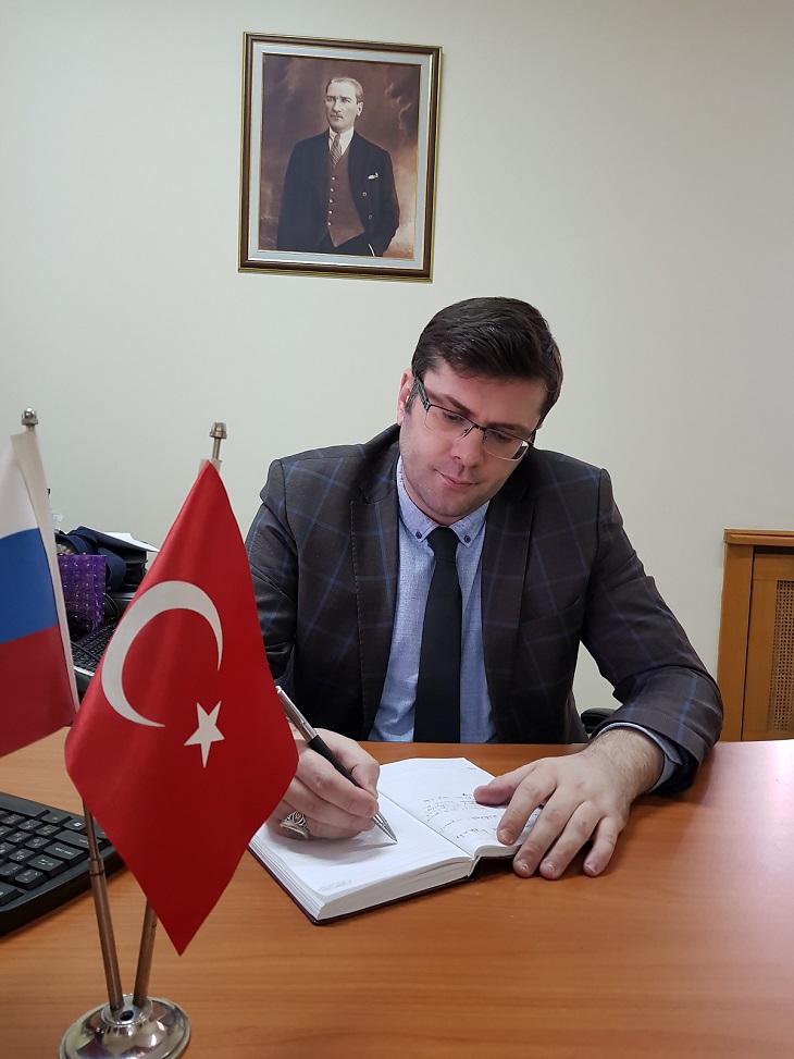 С русском на знакомство турками
