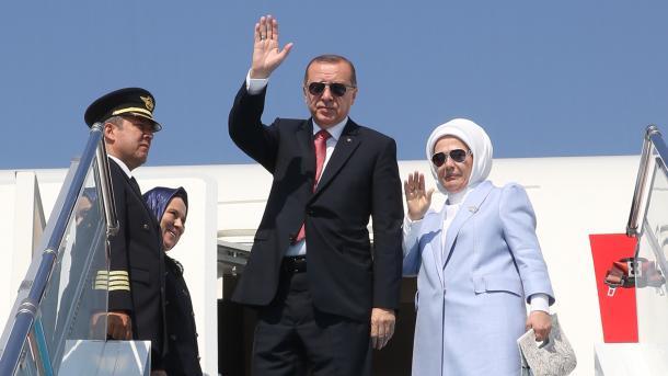 Presidenti Erdogan filloi turneun e vizitave në vendet e Gjirit   TRT  Shqip