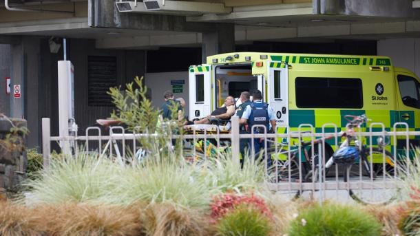 Përshkallëzohet numri i viktimave të sulmit ndaj myslimanëve në Zelandën e Re   TRT  Shqip