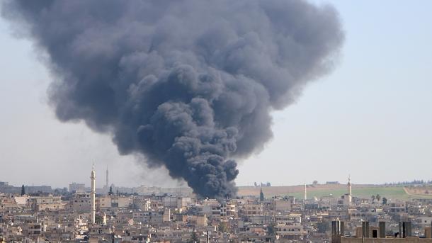 Regjimi sirian vazhdon me sulme ndaj vendbanimeve civile në Idlib | TRT  Shqip
