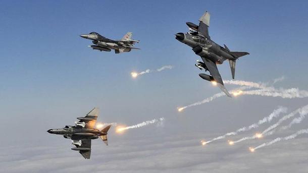 Avionët turq neutralizuan 4 terroristë të tjerë të PKK-së | TRT  Shqip