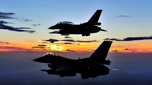 Operacione ajrore të ushtrisë turke në veri të Irakut, neutralizohen 6 terroristë | TRT  Shqip
