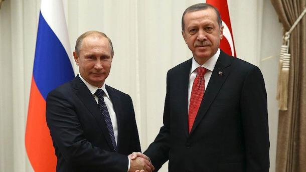 Erdogan telefonom razgovarao s Putinom: Naglašen značaj napora kako bi se okončali sukobi u Siriji