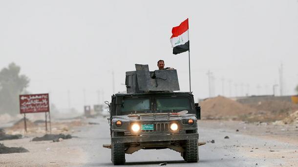 Вшаге отМосула: иракская армия штурмует Хамам-аль-Алил