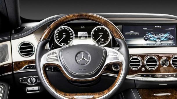 Staatsanwaltschaft durchsucht Daimler-Standorte