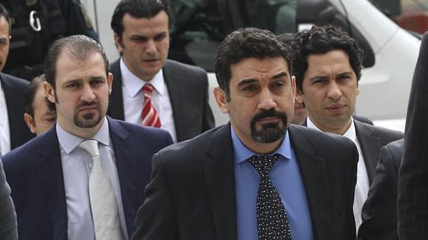 Greqia u jep azil puçistëve të 15 korrikut | TRT  Shqip