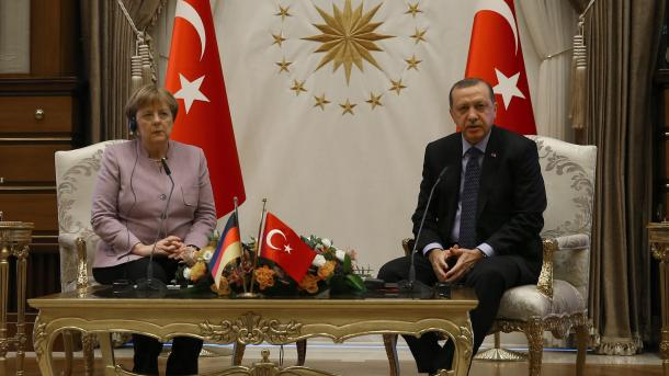 Меркель иЭрдоган обсудили Сирию иИрак вАнкаре