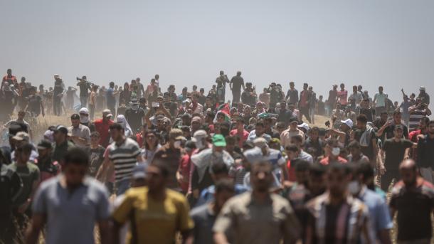 Bilanci i masakrës në kufirin e Gazës, 60 dëshmorë dhe mijëra të plagosur | TRT  Shqip