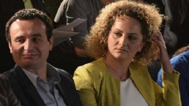 Kosovë: Lirohen nga paraburgimi Albin Kurti dhe Donika Kadaj Bujupi