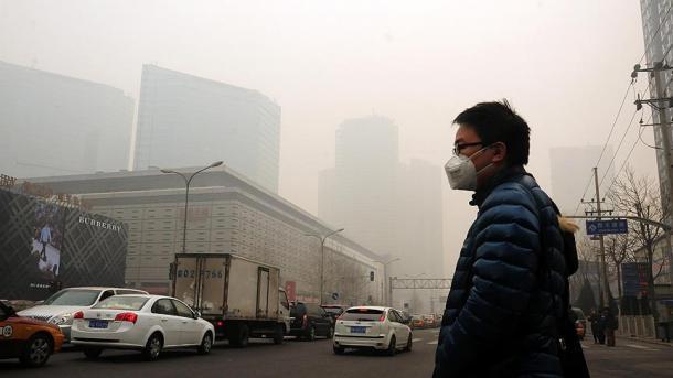 Ndotja e ajrit në nivel të rrezikshëm në zonat qendrore dhe veriore të Kinës | TRT  Shqip