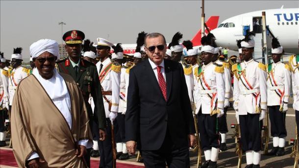 Erdogan mbërrin në Hartum për të thelluar marrëdhëniet dypalëshe Turqi-Sudan   TRT  Shqip