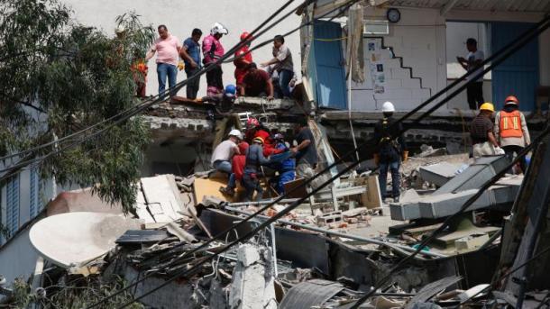 Shkon në 248 numri i viktimave të tërmetit në Meksikë | TRT  Shqip