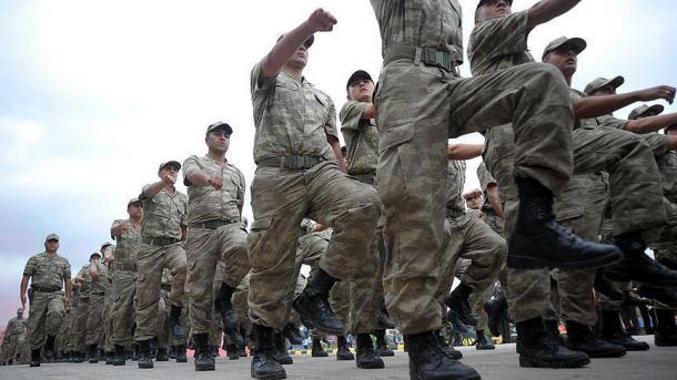 Türkisches Parlament verlängert Armeeeinsatz in Syrien und Irak