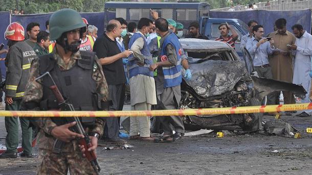 Pakistan: au moins 25 morts dans une explosion