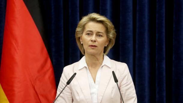 Verteidigungsministerin begibt sich auf Spuren von Franco A.