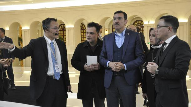 Minister Tüfenkci in China