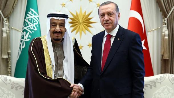 Presidenti Erdoan dhe Mbreti Selman i Arabisë Saudite biseduan për çështjen e Khashoggi | TRT  Shqip