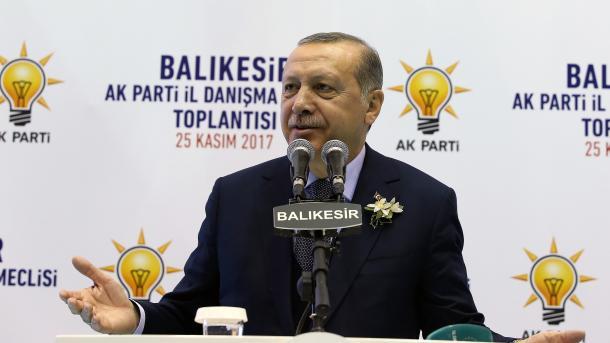 Erdogan: Kurrë s'do të lejojmë ofendimet kundër çfarëdolloj vlere të Turqisë | TRT  Shqip