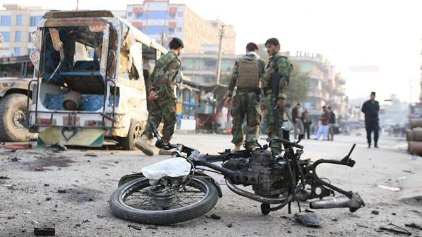В итоге нападения талибов вАфганистане погибли неменее 11 полицейских