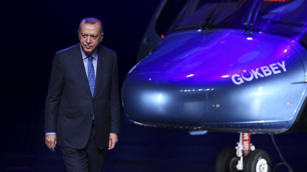 Erdogan: Operacioni në lindje të Lumit Eufrat do të fillojë brenda disa ditësh | TRT  Shqip