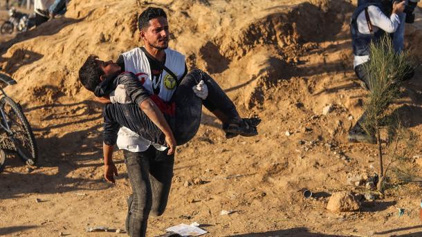 Rripi i Gazës - Nga sulmi i ushtrisë izraelite bien dëshmorë 7 palestinezë | TRT  Shqip