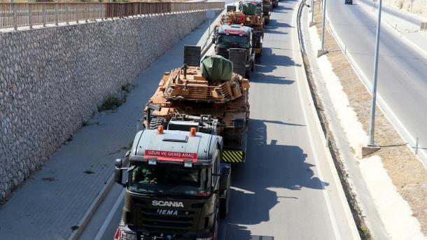 Turqia dërgon trupa shtesë në veri të Sirisë | TRT  Shqip