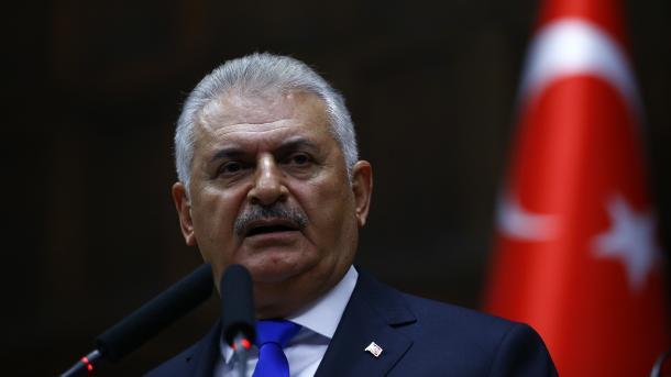 """Yildirim : """"Les Européens se croient """"supérieurs"""", c'est une maladie"""""""