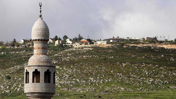 Izraeli ndalon këndimin e ezanit në Bregun Perëndimor | TRT  Shqip