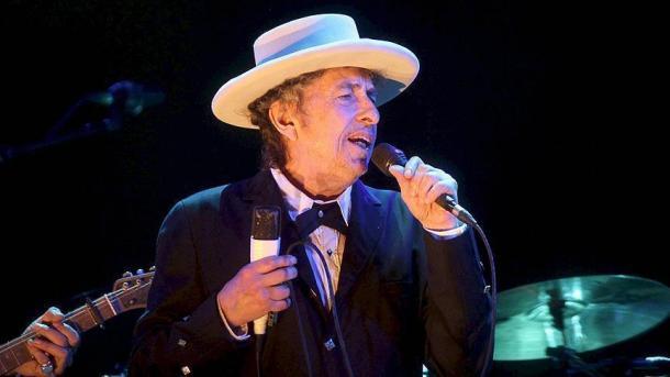 Дилан: Новость оНобелевской премии лишила меня речи