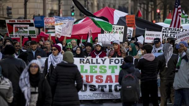 ShBA - Protesta kundër vendimit të Trumpit në Washington   TRT  Shqip