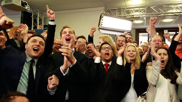 Landtagswahl in NRW CDU triumphiert - Herber Schlag für die SPD