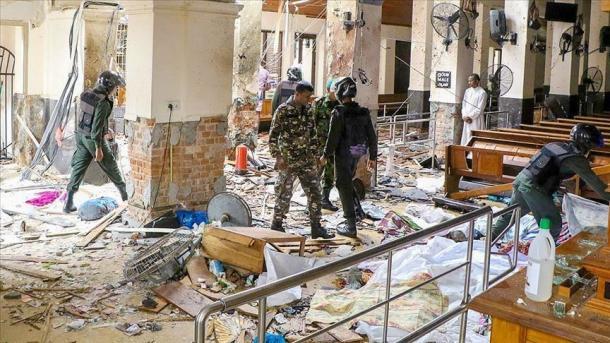 Sri-Lankë – Vendi tronditet nga 8 sulme të njëpasnjëshme, të paktën 185 të vdekur   TRT  Shqip