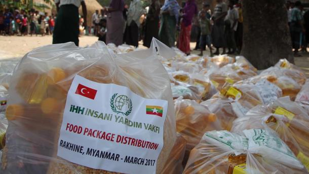 IHH vazhdon ndihmat edhe me shërbime mjekësore për myslimanët e Arakanit | TRT  Shqip