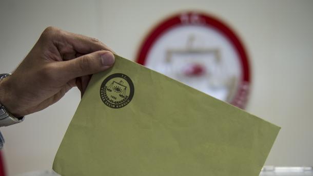 KQZ: Në zgjedhjet e 24 qershorit garojnë 10 parti | TRT  Shqip