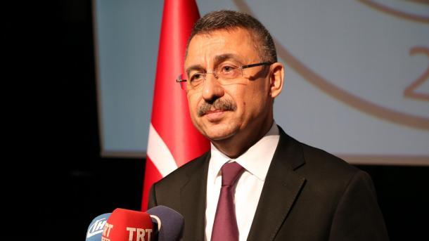 Ndihmëspresidenti Oktay: S'kemi tolerancë ndaj kërcënimeve të lira | TRT  Shqip