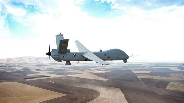 TUSAS prezanton dronin ANKA në Panairin Ndërkombëtar të Detarisë dhe Aeronautikës Langkawi 2019 | TRT  Shqip