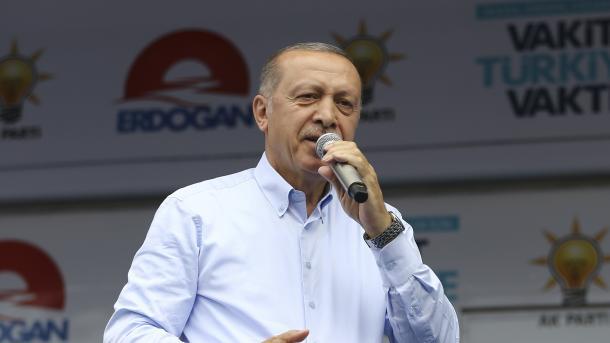 Erdogan: Turqia filloi operacionin antiterrorizëm në Kandil dhe Sincar | TRT  Shqip
