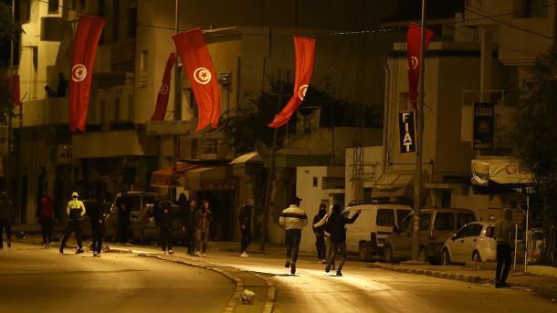 Tunesien kündigt nach Protesten Aufstockung von Sozialprogrammen an