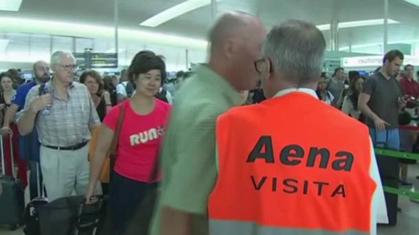 Sigue la huelga de guardias en el aeropuerto de Barcelona