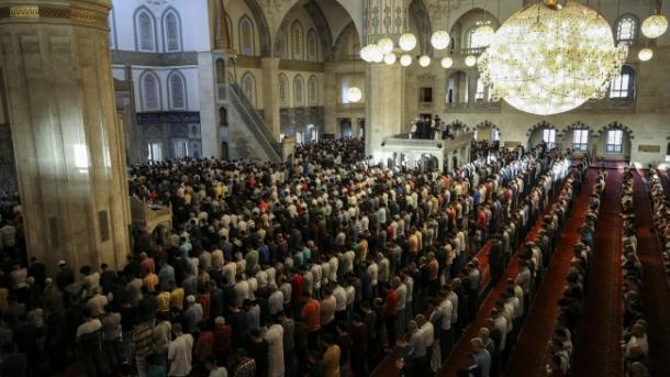 Koment - Kohët moderne dhe ramazani | TRT  Shqip