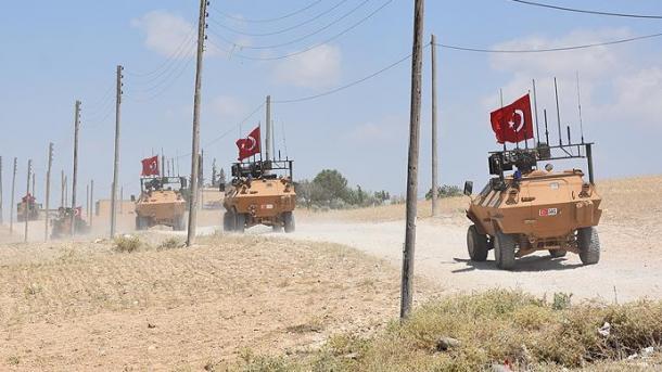 Ushtria turke realizoi misionin e 7-të patrullues në Menbixh | TRT  Shqip