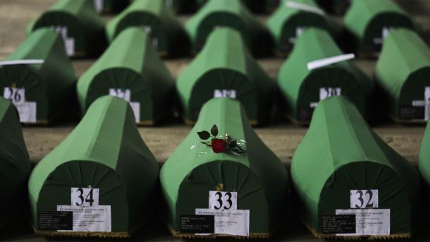 Koment - Gjenocidi i Srebrenicës II   TRT  Shqip
