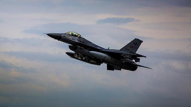 Turqi - 4 terroristë u neutralizuan me operacion ajror   TRT  Shqip