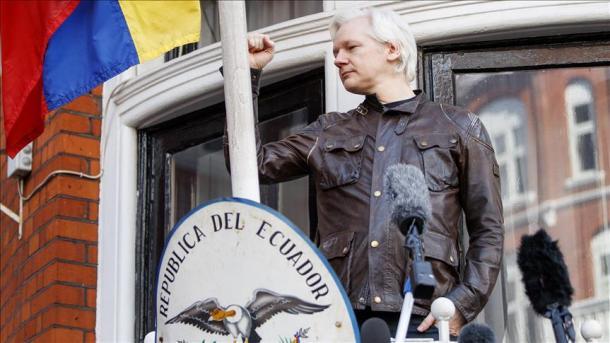 Evalúan cuánto ha gastado Ecuador en la protección de Julian Assange
