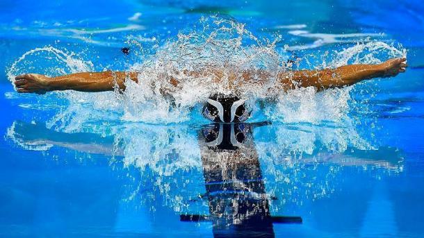土耳其游泳健将古勒斯打破纪录夺金 | 三昻体育官网