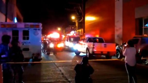 Mueren cinco personas en ataque a bar en el sureste de México