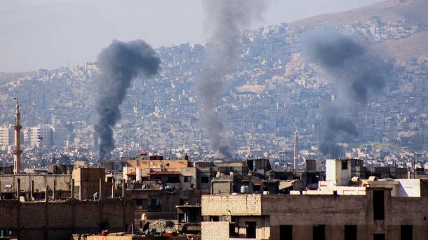 Nach Giftgaseinsatz: USA greifen Luftwaffenbasis in Syrien an