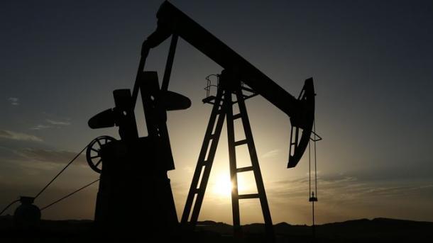 El petróleo sube 4,2% por apoyo de la OPEP