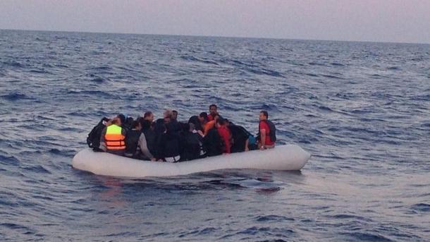 Turska: Holandski NATO brod spasio dva emigranta